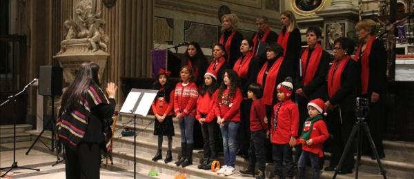 Consulado en Roma celebró novena de Navidad con canciones tradicionales junto a familias colombianas